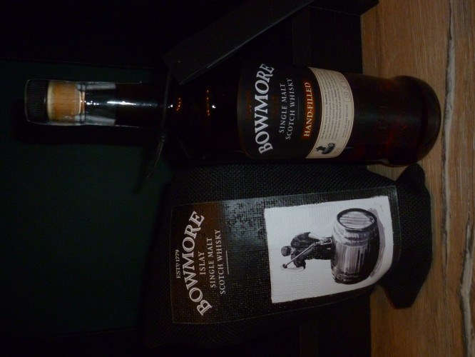 Bild Nr. 912 zu Thread Bowmore-hand-filled-9th-edition----sherry-cask--