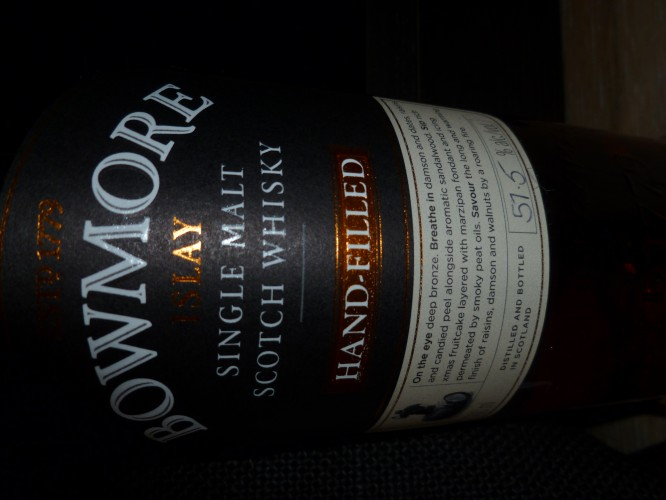 Bild Nr. 913 zu Thread Bowmore-hand-filled-9th-edition----sherry-cask--